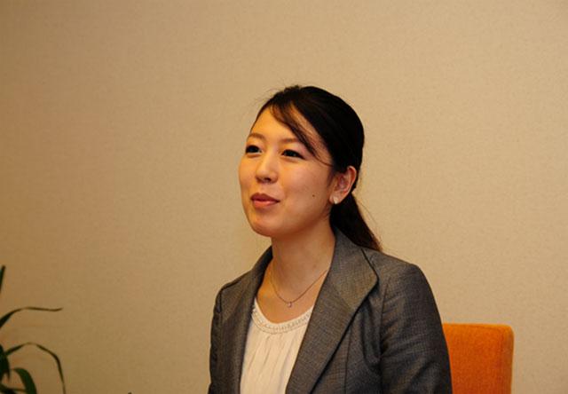 株式会社GENOVAの坂下彩花さん